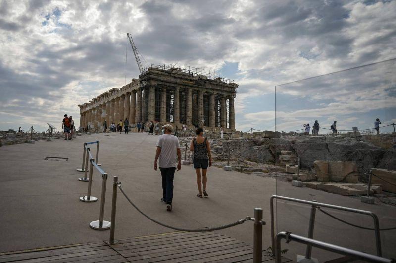 La rénovation de l'Acropole fait polémique en Grèce...
