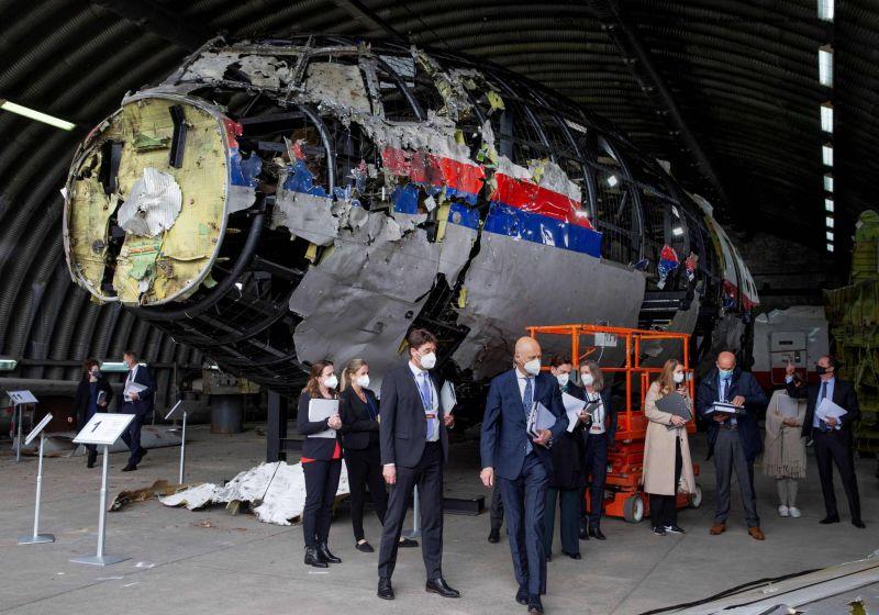 Vol MH17: les juges néerlandais en quête de «clarté» pour les proches
