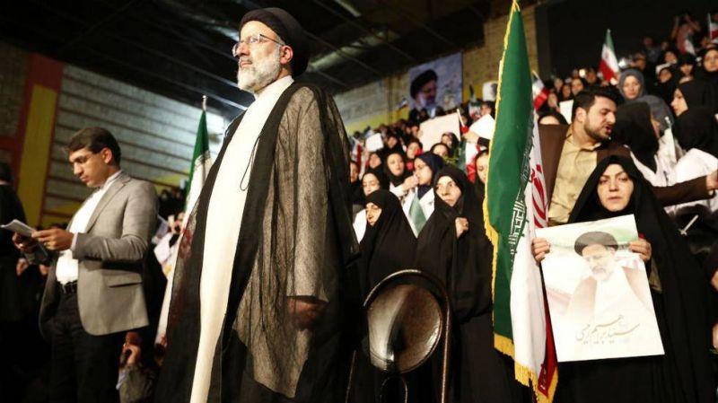 Avec un ultraconservateur à la présidence, un changement de la politique étrangère iranienne est-il possible ?