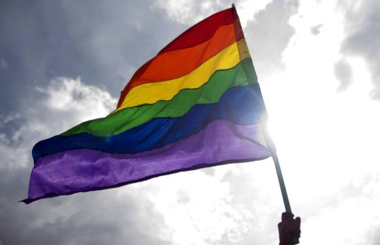 Bénir des couples gays: