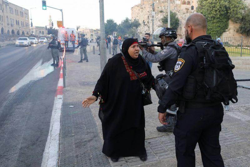 Quatorze Palestiniens arrêtés à Jérusalem pour