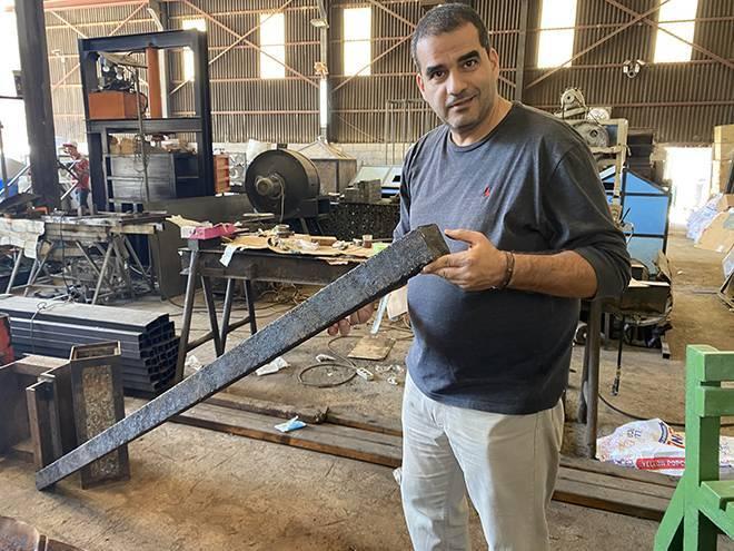 Face au vol des plaques de bouches d'égout, la solution écolo de Ziad Abichaker