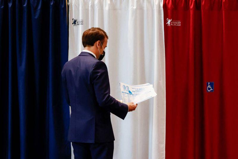 La participation s'effondre aux élections régionales