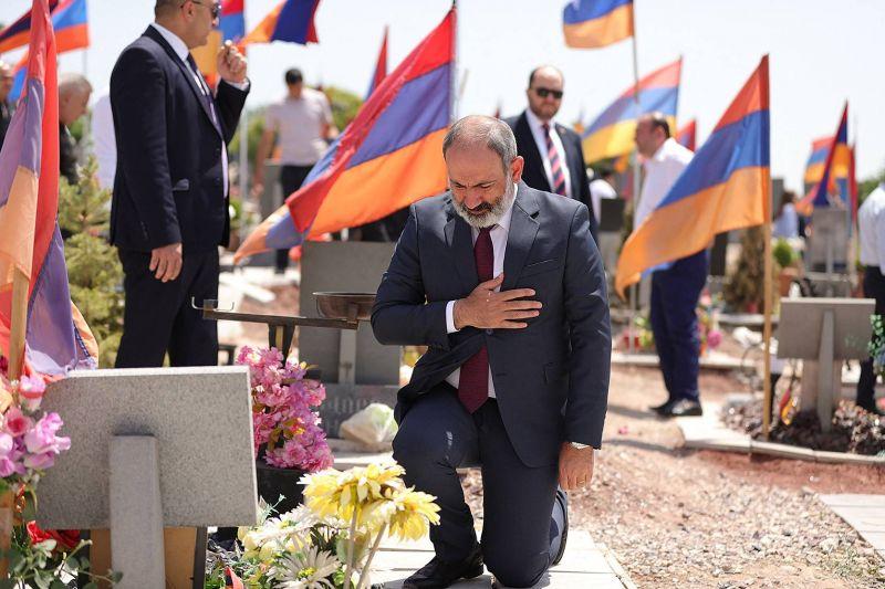 Pachinian conforté par une large victoire aux législatives