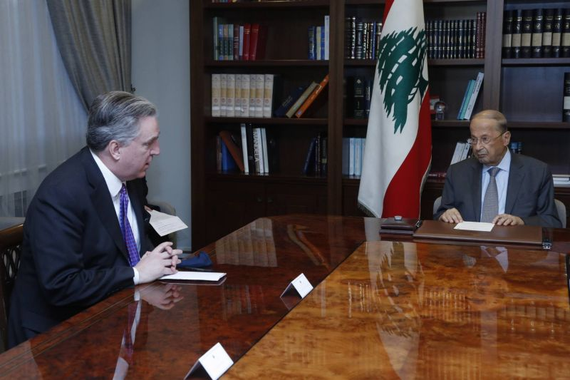 Aoun demande à l'émissaire américain de relancer les négociations sur la démarcation de la frontière maritime