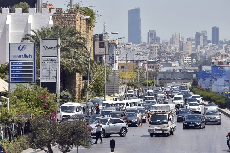 Lira crashes to new record low as fuel shortages roil Lebanon