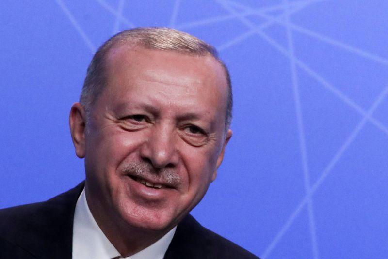 Erdogan dit avoir eu un premier entretien