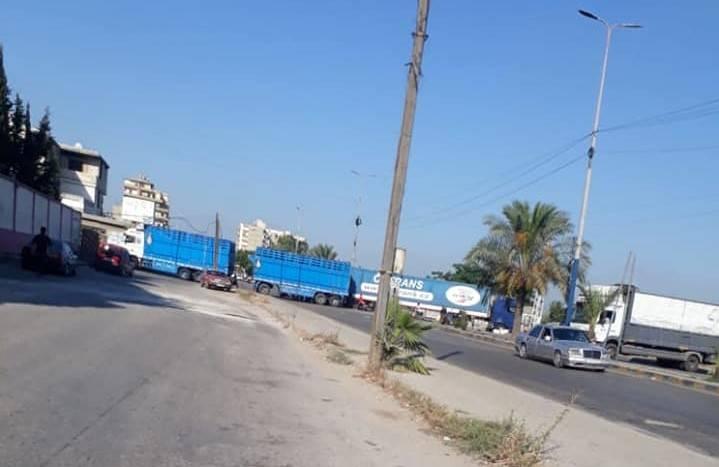 Pénuries et dépréciation de la livre : des manifestants bloquent des routes dans plusieurs régions