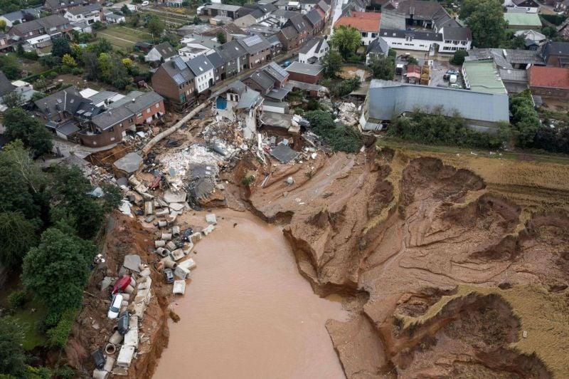 Plus de 120 morts: l'Europe sous le choc après les inondations