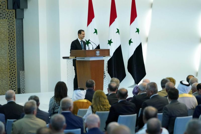 Assad prête serment, six civils tués dans un bombardement