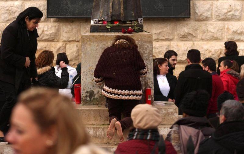La «vertu» des reliques de saint Charbel attire toujours les pèlerins à Annaya