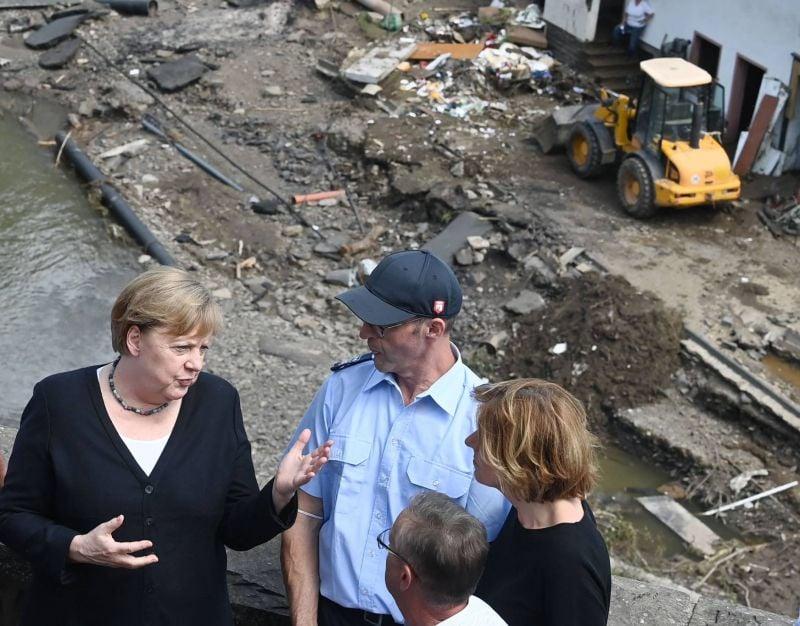 Plus de 180 morts en Europe, Merkel découvre une dévastation «surréaliste»