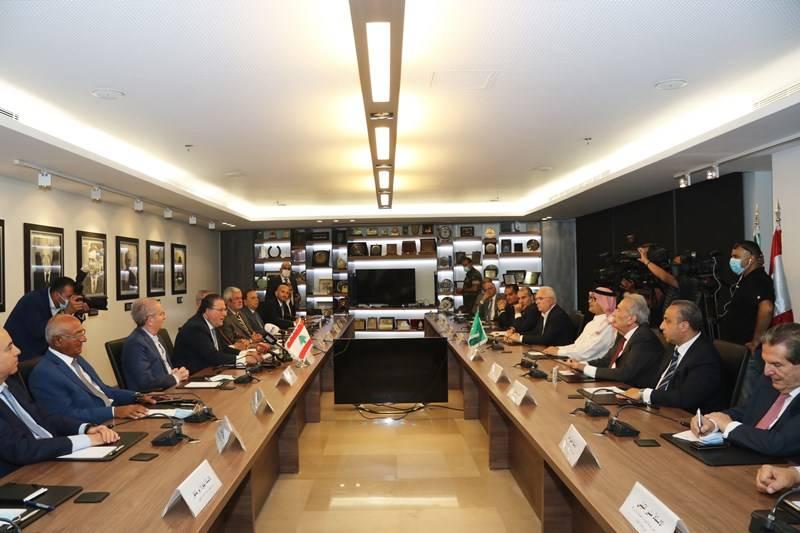 Boukhari recommande à Beyrouth des solutions