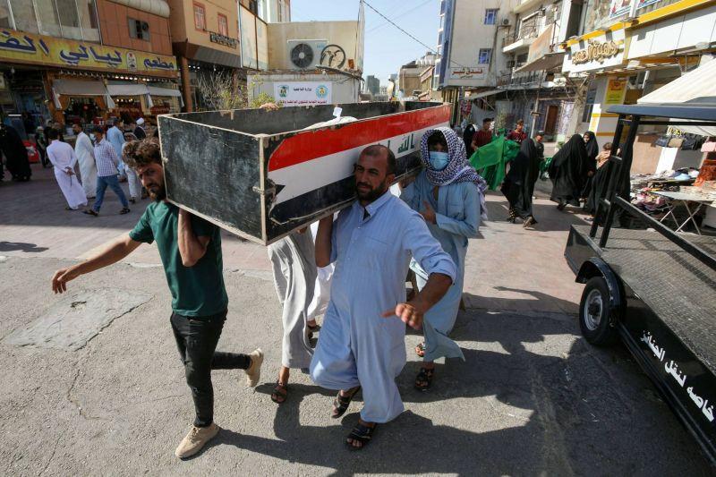Un terrible incendie illustre l'effondrement du système de santé irakien