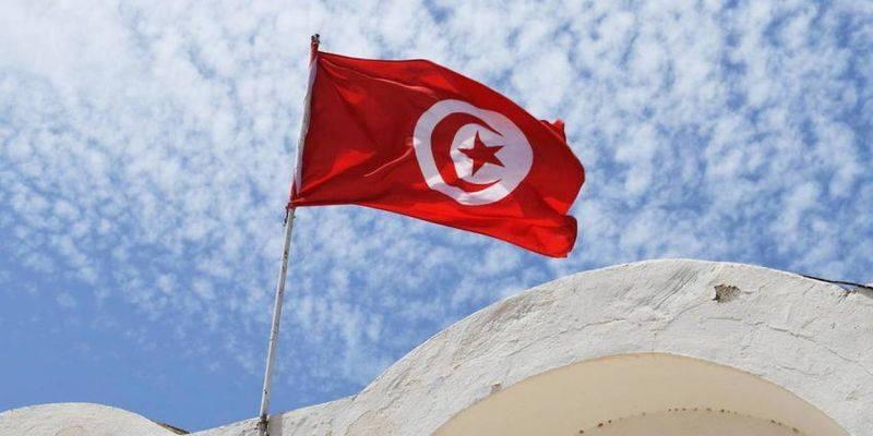 La police ferme le bureau d'Al-Jazeera TV à Tunis