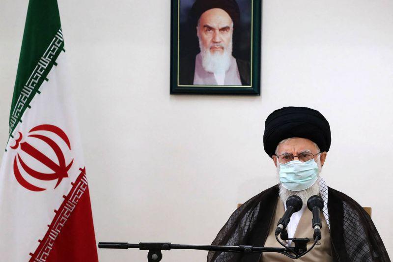 Khamenei appelle les manifestants à ne pas faire le jeu des «ennemis»