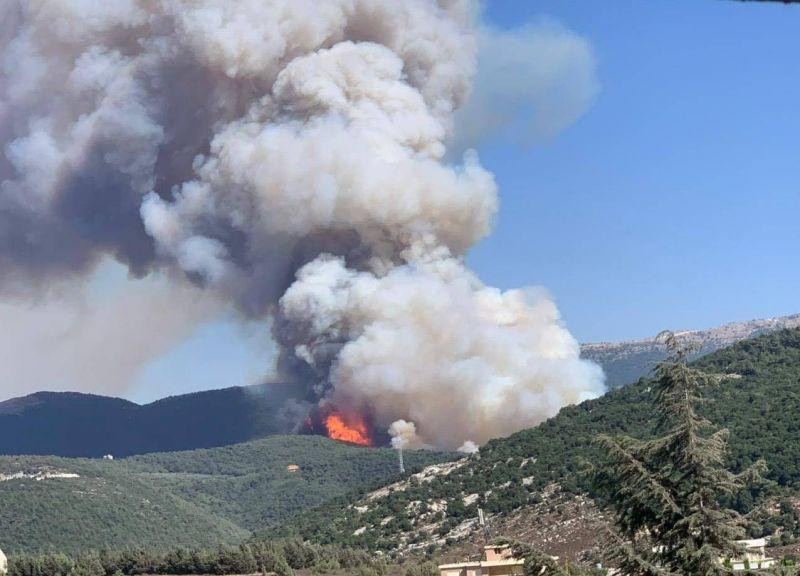 Le Akkar en proie aux flammes, un adolescent volontaire tué