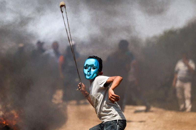 Près de 300 Palestiniens blessés dans des heurts avec l'armée israélienne