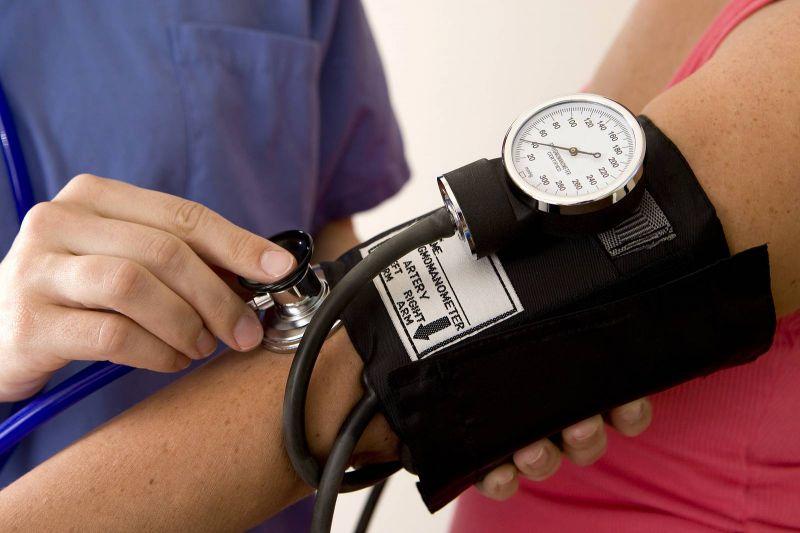 Plus de la moitié des personnes atteintes d'hypertension ne sont pas traitées, affirme l'OMS