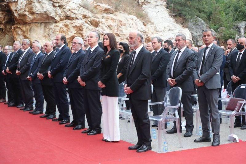 Geagea fait son mea culpa et fustige le « président-pirate »