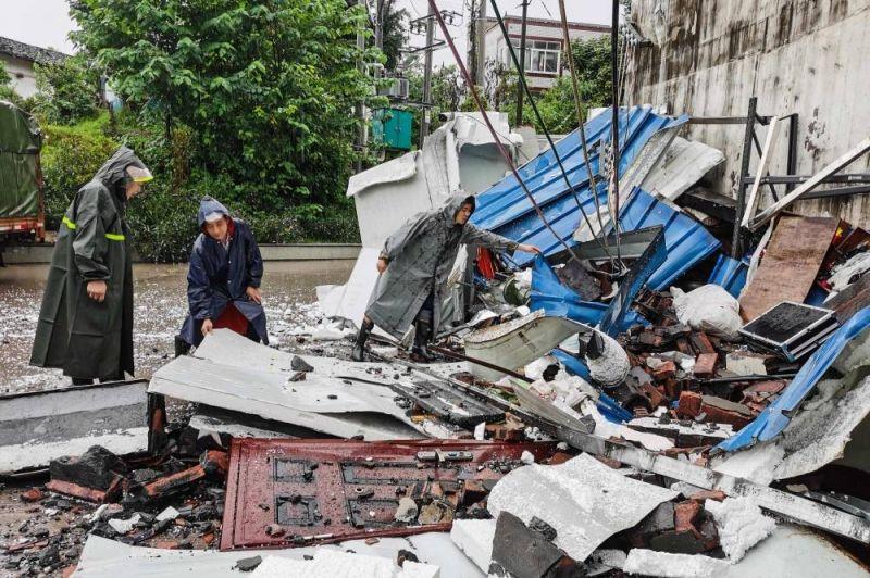 Un séisme fait trois morts dans le Sud-Ouest