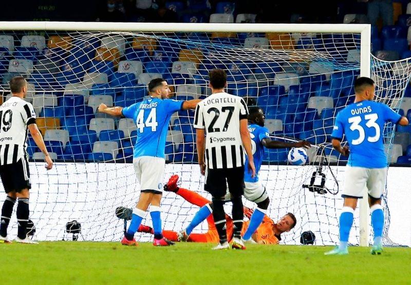 Battue par Naples, la Juve  n'y arrive toujours pas
