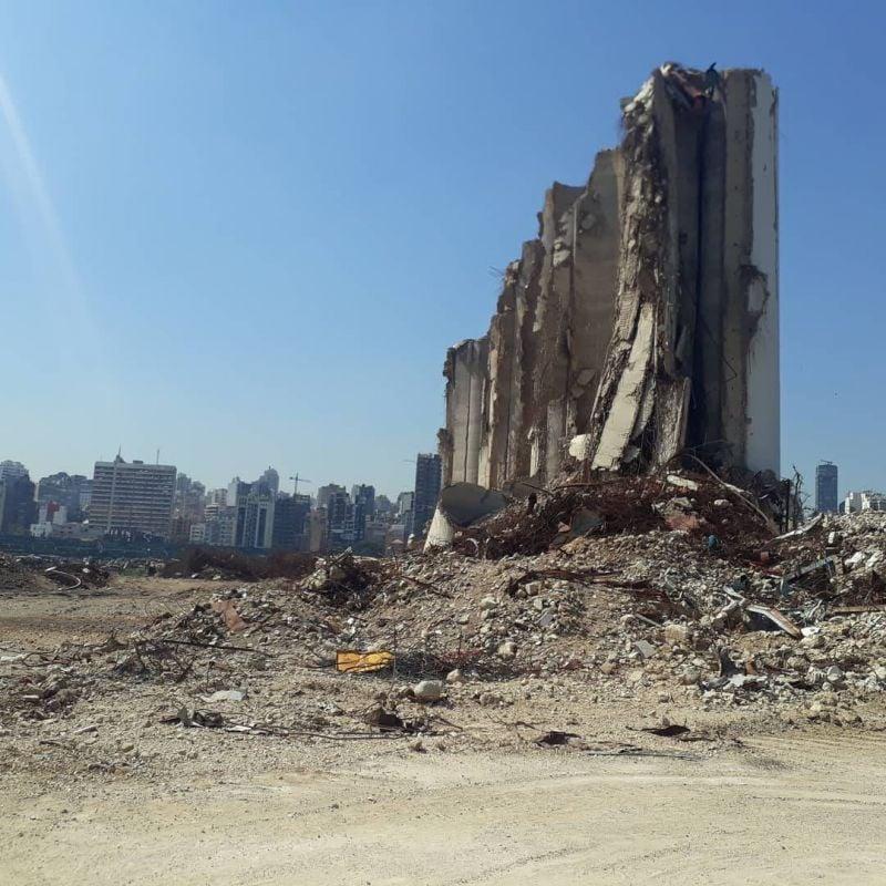 Au port de Beyrouth, le triage des grains des silos a commencé