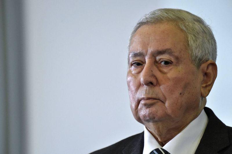 Décès de l'ex-président par intérim Abdelkader Bensalah