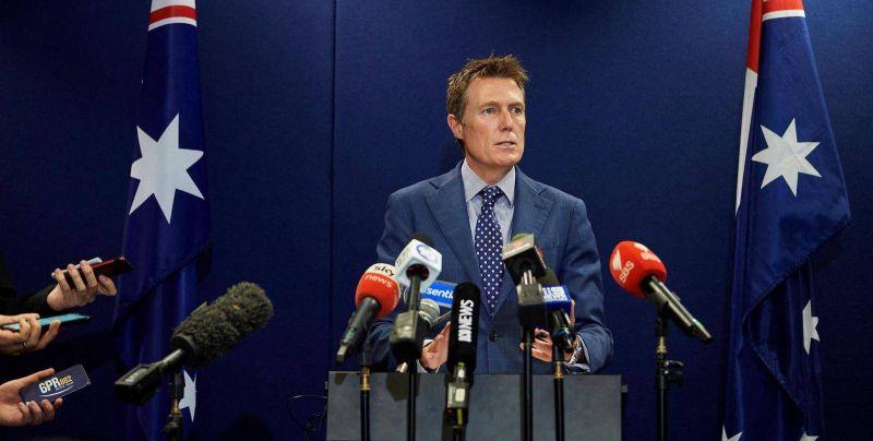 Démission d'un ministre sur fond de scandale