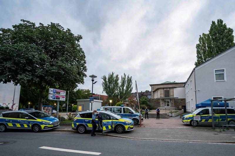 Arrestations après une menace d'attentat  «islamiste» contre une synagogue