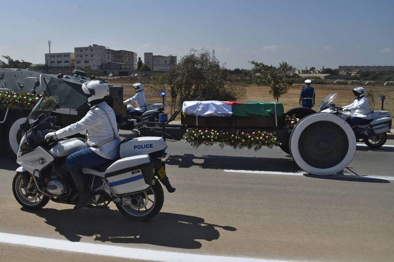 L'ex-président Bouteflika inhumé avec moins d'honneurs que ses prédécesseurs