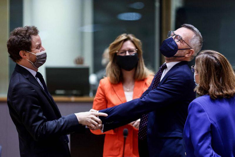 L'affaire des sous-marins, «un signal d'alarme» pour l'autonomie stratégique des Européens