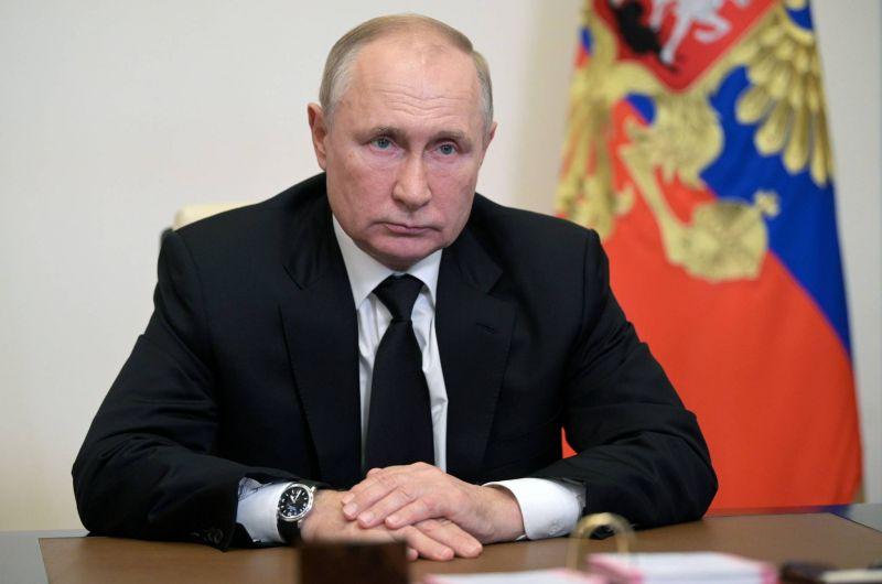 Poutine remercie les Russes pour