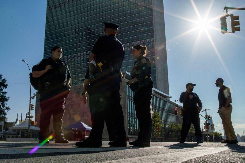 La crise transatlantique s'invite à l'ONU, geste de Biden à l'égard de l'Europe
