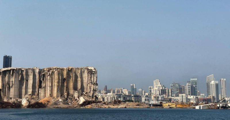 Lawyers for ex-interior minister reportedly file complaint requesting Bitar's removal from Beirut port investigation probe