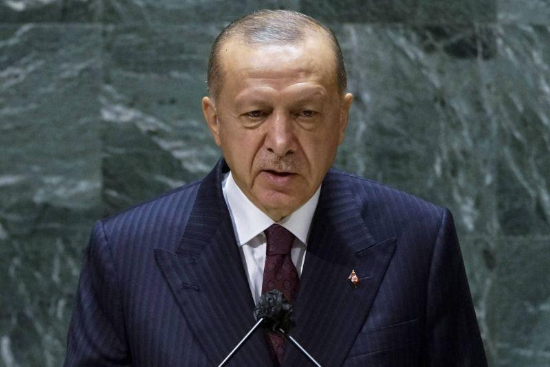 Erdogan : Pas d'accord sur l'aéroport de Kaboul sans gouvernement afghan