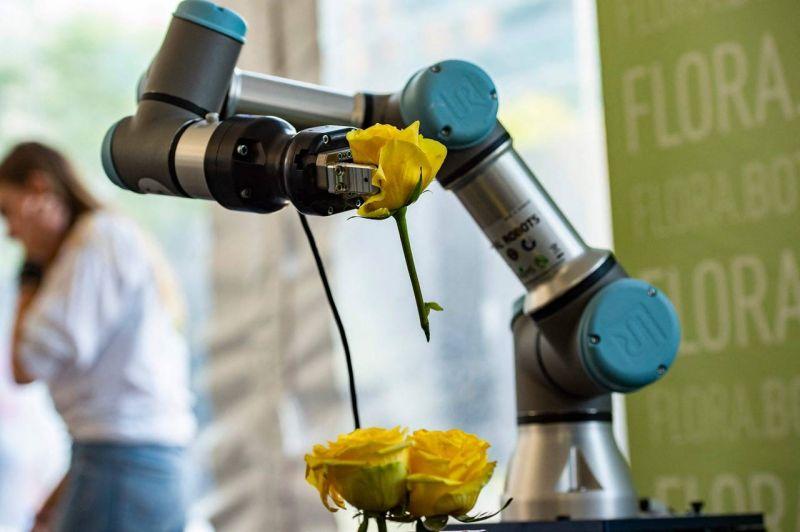Quand le robot-cuistot mijote un avenir technologique pour la restauration