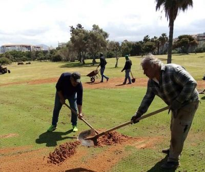 In Tehran, the golf course sees its holes nibbled by construction
