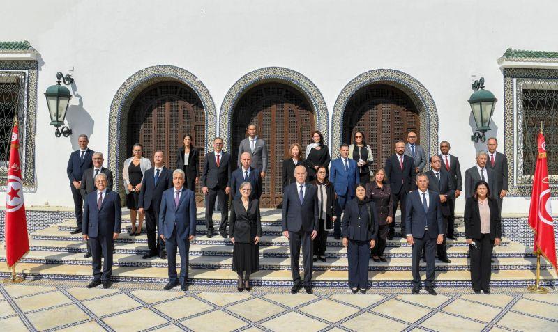 La Tunisie, en pleine crise, se dote d'un nouveau gouvernement