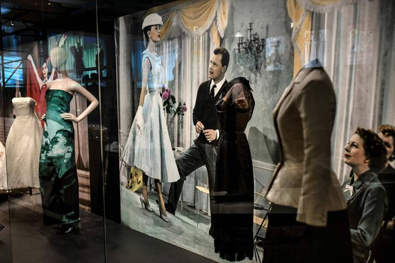 Déambulation avec Jean-Paul Gaultier dans «CinéMode», son récit de femme libérée...