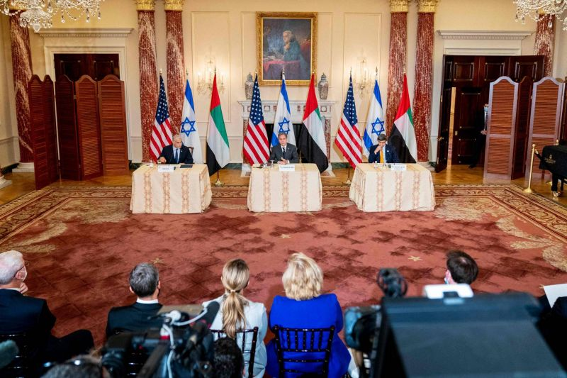 Washington fait planer la menace militaire contre Téhéran si la diplomatie échoue