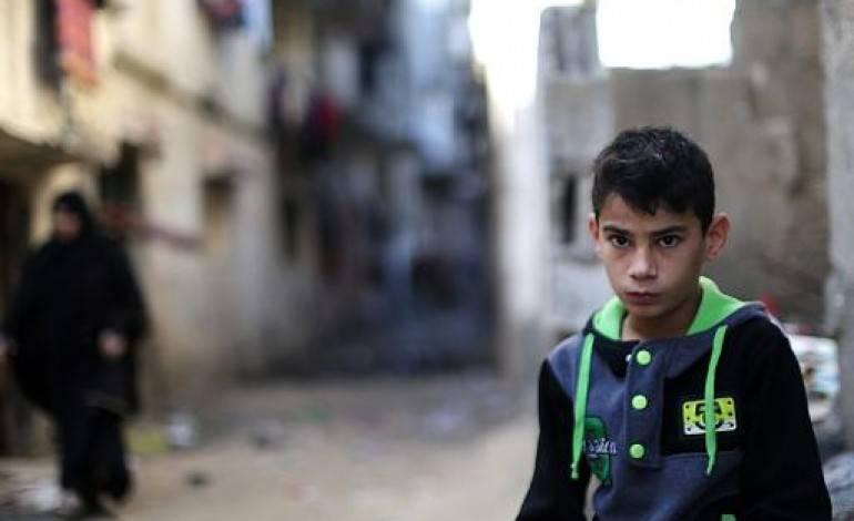 Début de la distribution de l'aide qatarie, sous supervision de l'ONU