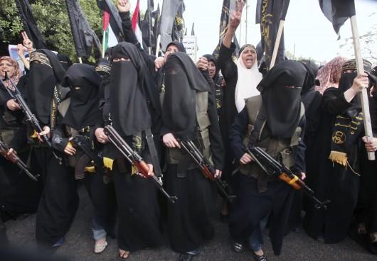 l etat islamique daech a s duit 550 femmes jihadistes et ce n est pas fini laconnectrice 39 s. Black Bedroom Furniture Sets. Home Design Ideas